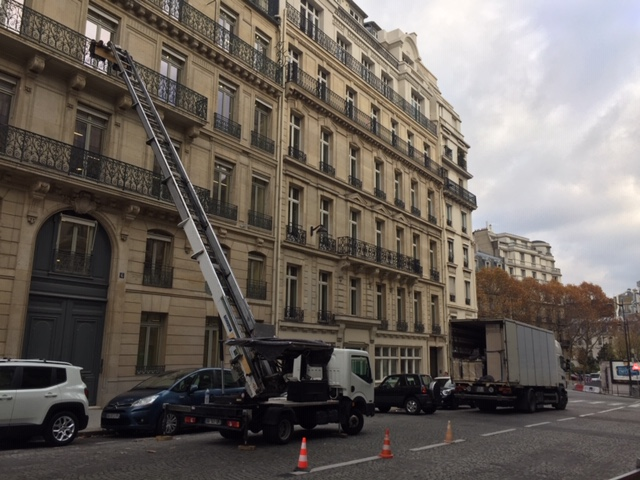 location monte meuble paris