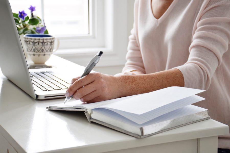 Télétravail et boom du mobilier de bureau: faut-il vraiment s'équiper chez soi comme au bureau?