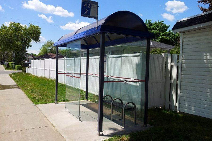 Les abris bus : le mobilier urbain adéquat pour le transport en commun